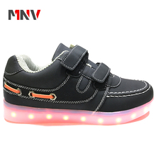 2018 New design men casual sneakers adults led shoes