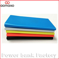Newest customized gift travel fashion 3000mah power bank , ultra slim power bank
