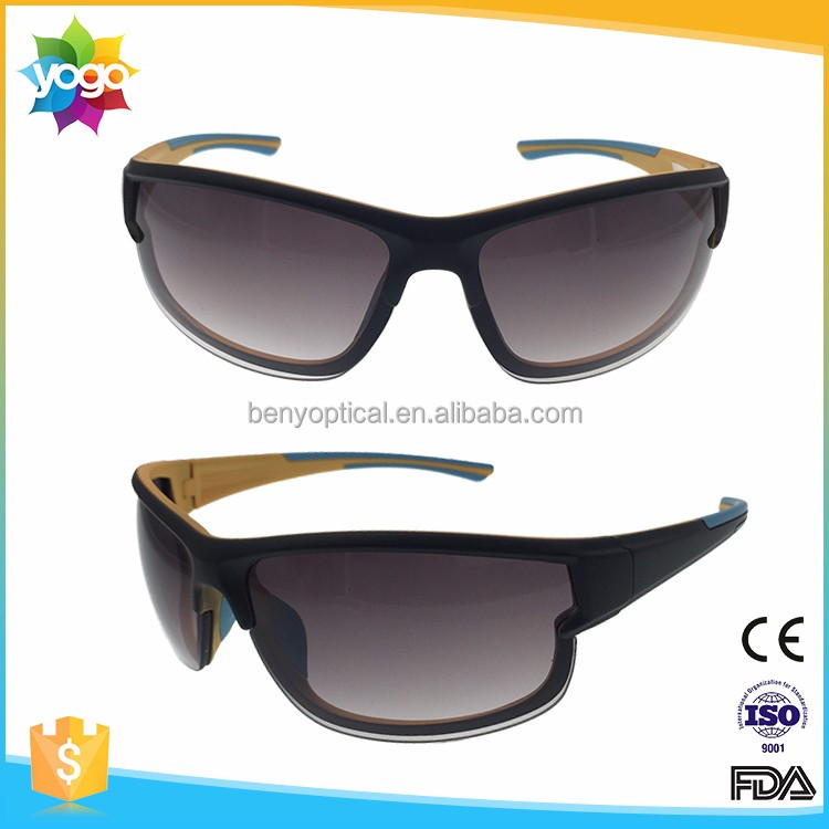 Fashionable men sports plastic sungalsses with rubber nose pad get free sample