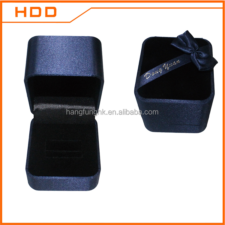 fashion hot sale velvet plastic men rings jewellery box jewelry case