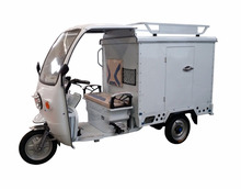 Delivery Van Cargo Battery Tricycle / Three Wheel Mobile Electric Food Cart With Cabin