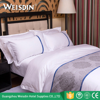 Wholesale cheap four seasons bed linen white 300 Thread Count 60*40s 100 % cotton hotel bedding set