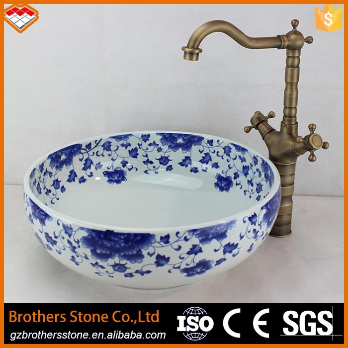 Guangzhou blue and white porcelain basin type ceramic basin sink with hand painted pattern