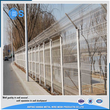 cheap 2x2 pvc coated welded wire mesh fence panels