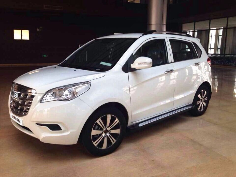 2015 New Environmental Protection Electric Car Sedan with Low Price