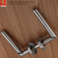 Wholesale Stainless Steel Handle Lever Wooden Door Handles Door Handle