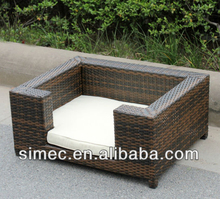 HDPE rattan woven outdoor doghouse