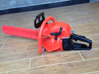 new model 52cc,5200 gasoline chain saw,red color,new plastic oil tank ,with high quality plastic body