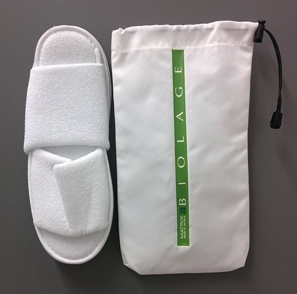12 inch white hotel slippers, open toe disposable travel slippers with cloth bag