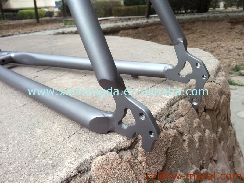 2016 new Titanium Mountain bicycle frame Ti mtb bike frame with Integrated dropout