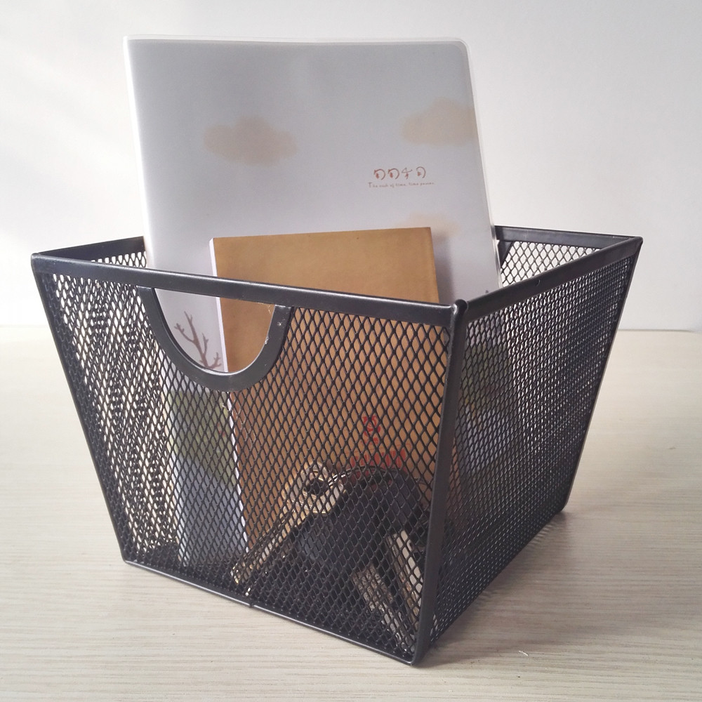 Wholesale Home Storage and Organization Office Stationery Metal Wire Mesh Storage Basket