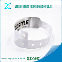 Disposable paper/pvc 13.56 mhz hf wristband rfid tag
