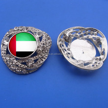 printed UAE national flag crystal metal brooch badge for promotion