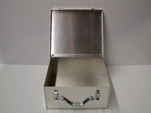 Portable Aluminium Briefcase Tool Storage Box/portable safe box