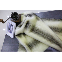 2017 più popolari lunghe pattern donne faux fur coats made in China