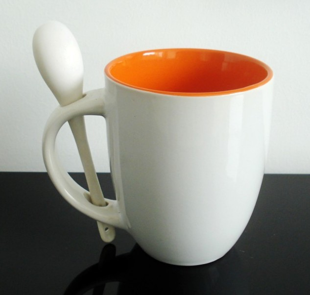 Customize pantone color Ceramic souvenir  Mug With Spoon and OEM Printing