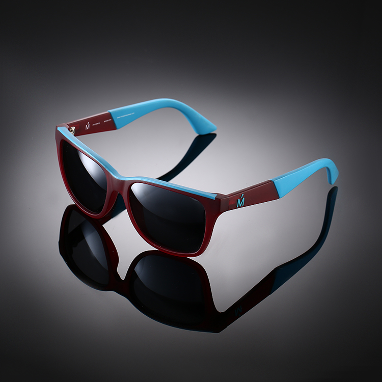 Factory custom stylish TR8263 color change frame sunglasses