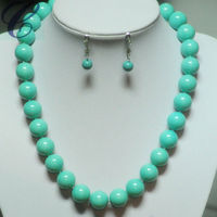 2014 Popular Design Pearl Necklace and Earrings Set