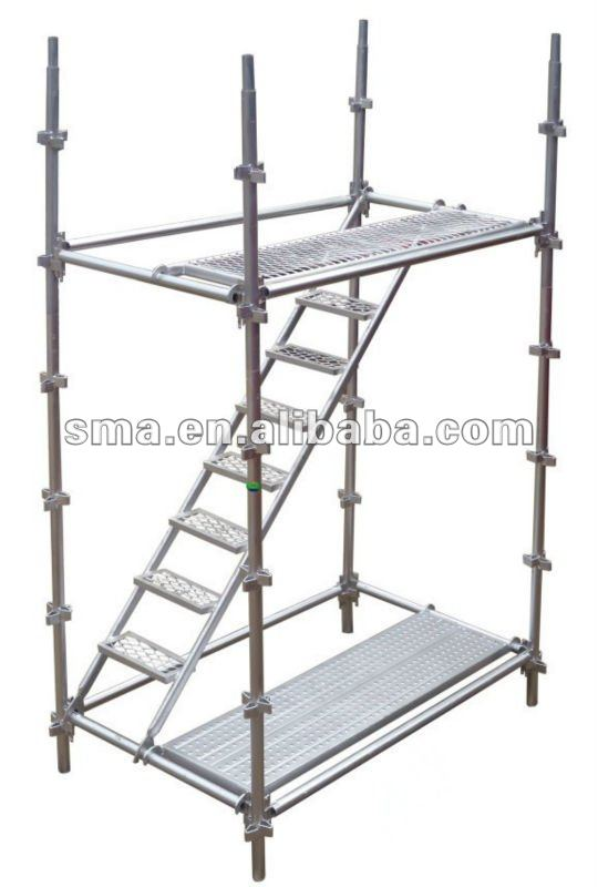Building kwikstage scaffolding for construction