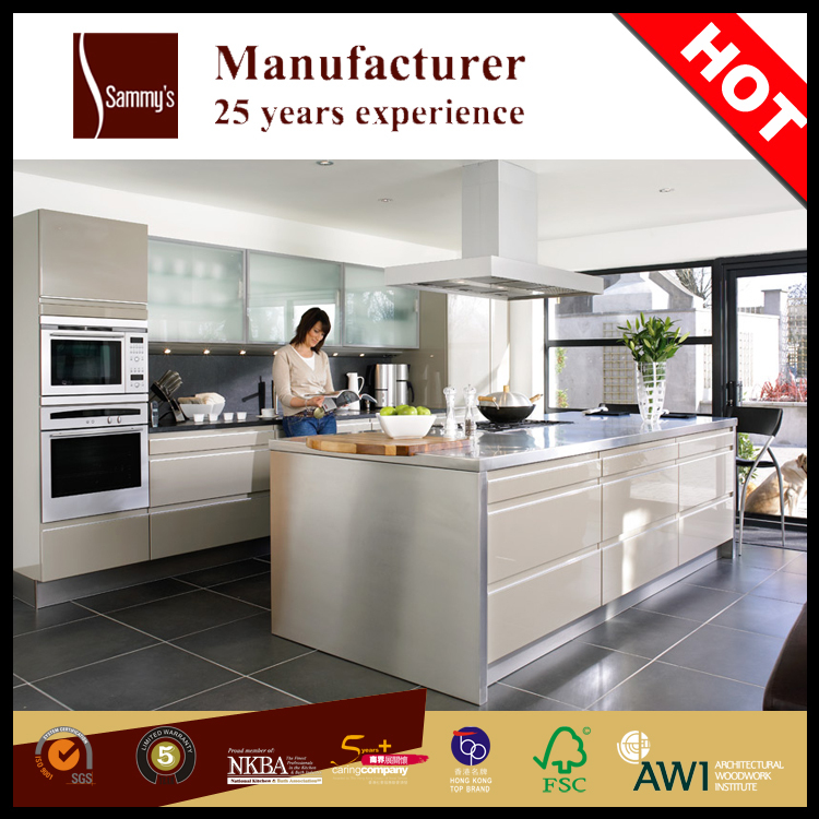Modern affordable lacquer finish waterproof kitchen for Affordable contemporary kitchen cabinets