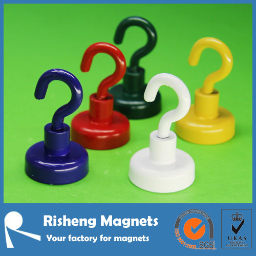 Strong spraying colorful magnetic hook