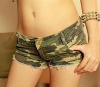 Z74198A EUROPEAN STYLE FASHION CAMOUFLAGE WOMEN SHORTS