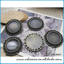 Complete Round Pendant Kits - Circle Bezel Blanks- Glass Cabochons