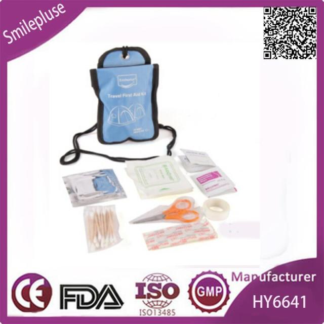 Hot Promotion Mini Travel First Aid Kit with Face Mask