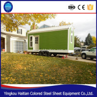 House on wheels wooden prefabricated green tiny home on wheels/container house with wheels design mobile houses