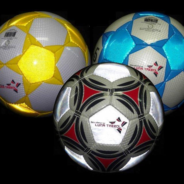 Luna Trebol Retro-reflective Soccer Ball