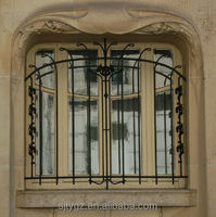 Simple iron window grills decorative iron window bars
