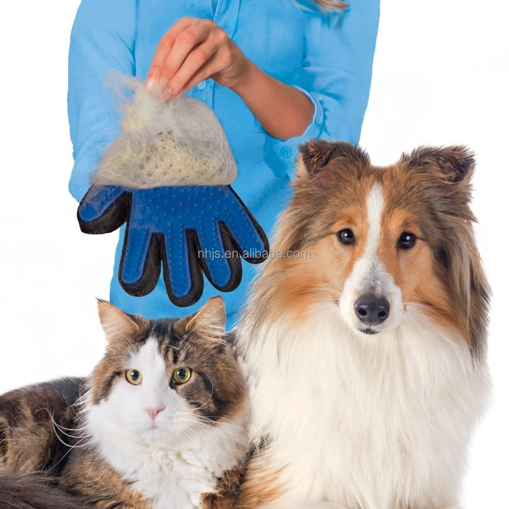 Pet Glove for Gentle and Efficient Pet Grooming/pet glove grooming
