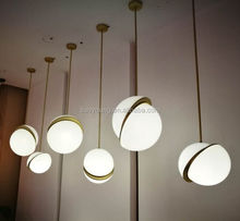 2018 Good Quality Creative Modern Art Unique White Moon Pendant Light MD8136