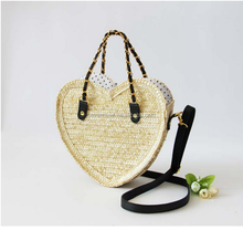 Wholesale latest heart shaped fashion straw woven beach bag handbag shoulder bag