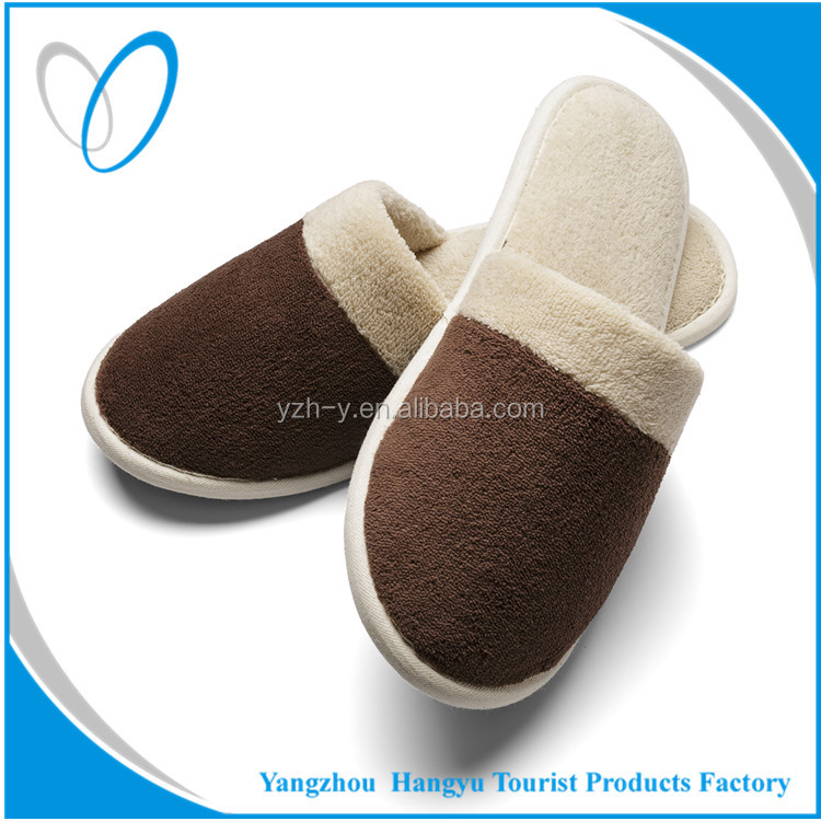 Comfortable hotel home slippers The disposable hotel slippers Anti-skid bathroom slippers