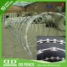 China Barbed Wire Factory / Razor Tape Wire Fence