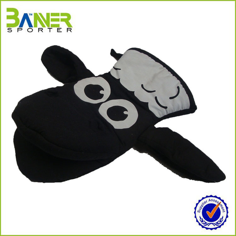 2017 cartoon custom kitchen animal shaped cute oven mitt
