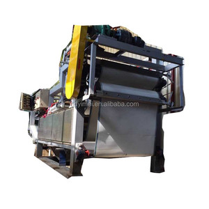 Paper pulp dewatering filter press
