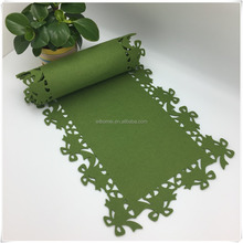 customized non-woven green fabric cutting table runner for hotel,wedding home decoration
