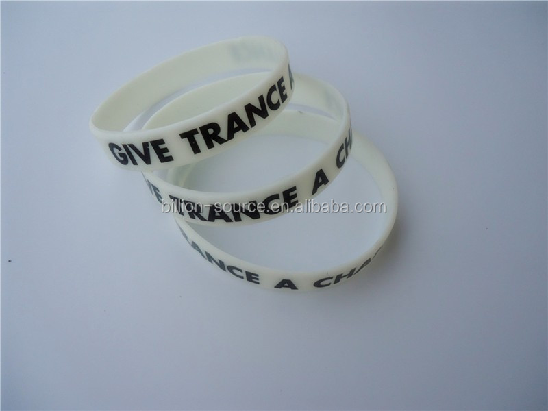 cheap no minimum free shipping custom silicone wristband