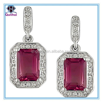 Fabulous rectangle shaped pink gemstones necklace