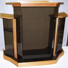Super quality new arrival organic glass church pulpit