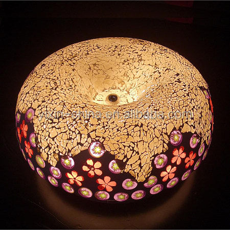Crack candle shade lamp with mosaic hurricane votive holders factory supplier