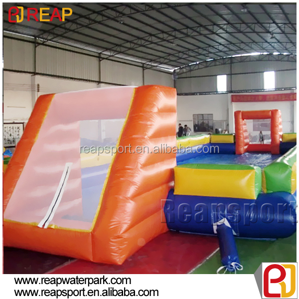 2016 crazy soccer field inflatable football court Inflatable soap soccer field