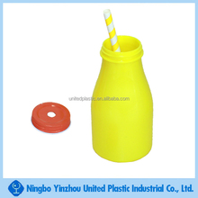 10oz custom plastic beverage drinking bottle with lid and straw