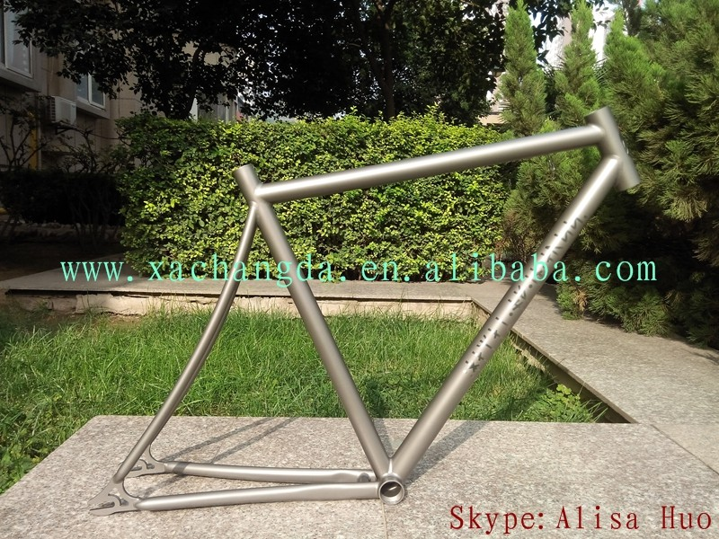 Ti track bike frame inner liner routing titanium inner line routing track bike frame