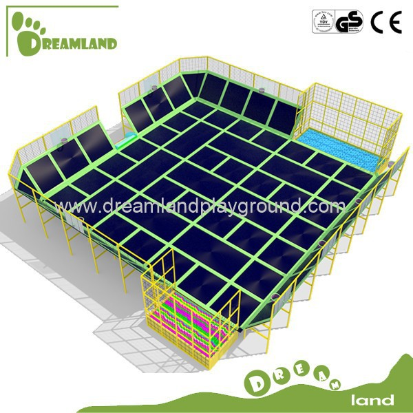 new inflatable bungee trampoline park with net enclosure