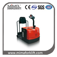 3-wheel electric tow tractor with 2000kg-6000kg capacity