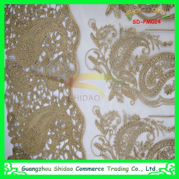 Luxury fashion embroidered french lace in metallic yarn