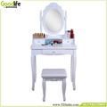 Wooden dressing table with mirror and 3 drawers